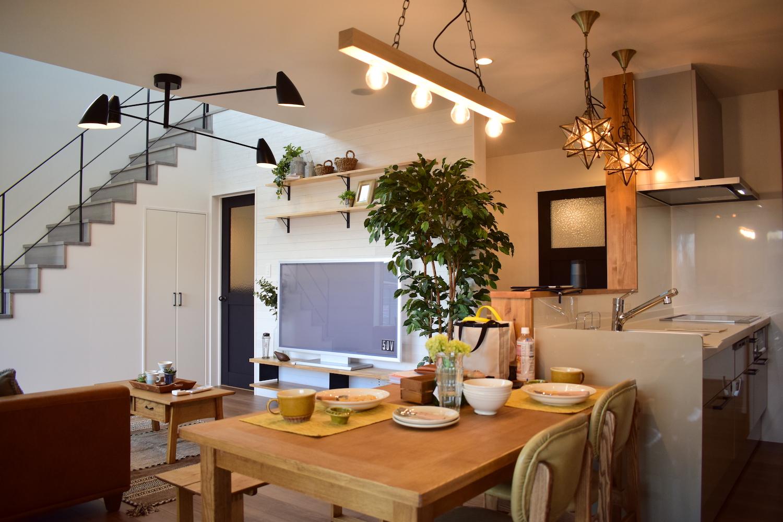 富山市呉羽町分譲モデル 人気のアイランドキッチンの家